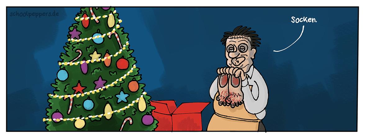 Socken unterm Weihnachtsbaum.